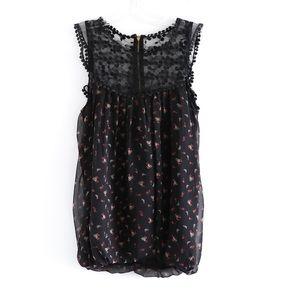 🌺2/15$ NWT boho floral black lace sleeveless top